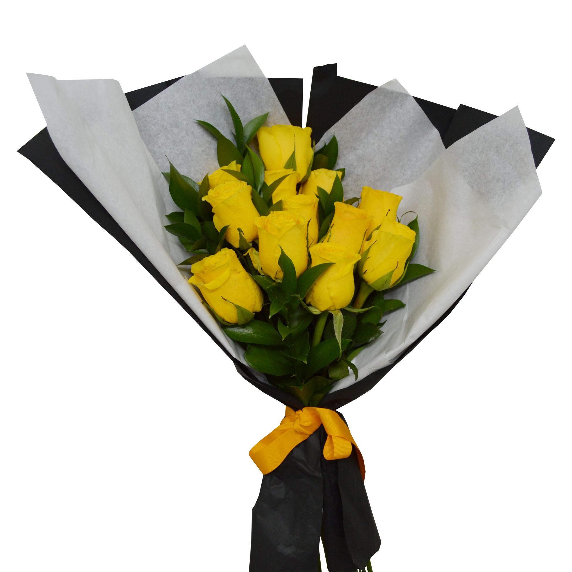 Ramo de 12 Rosas de color amarillo mas ruscus