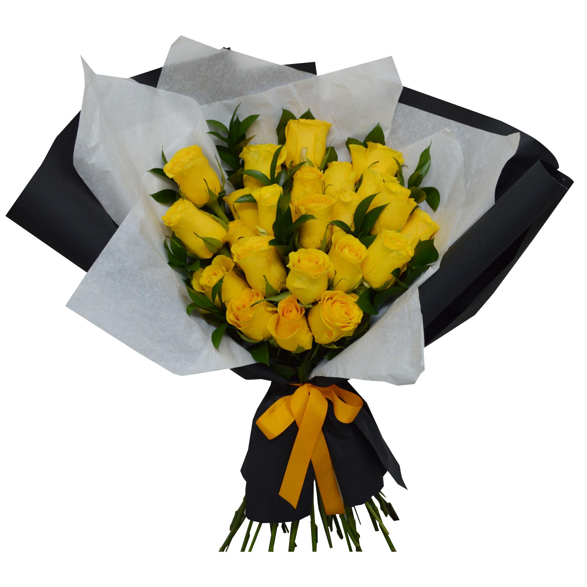 Ramo de 24 Rosas color Amarillo mas Ruscus