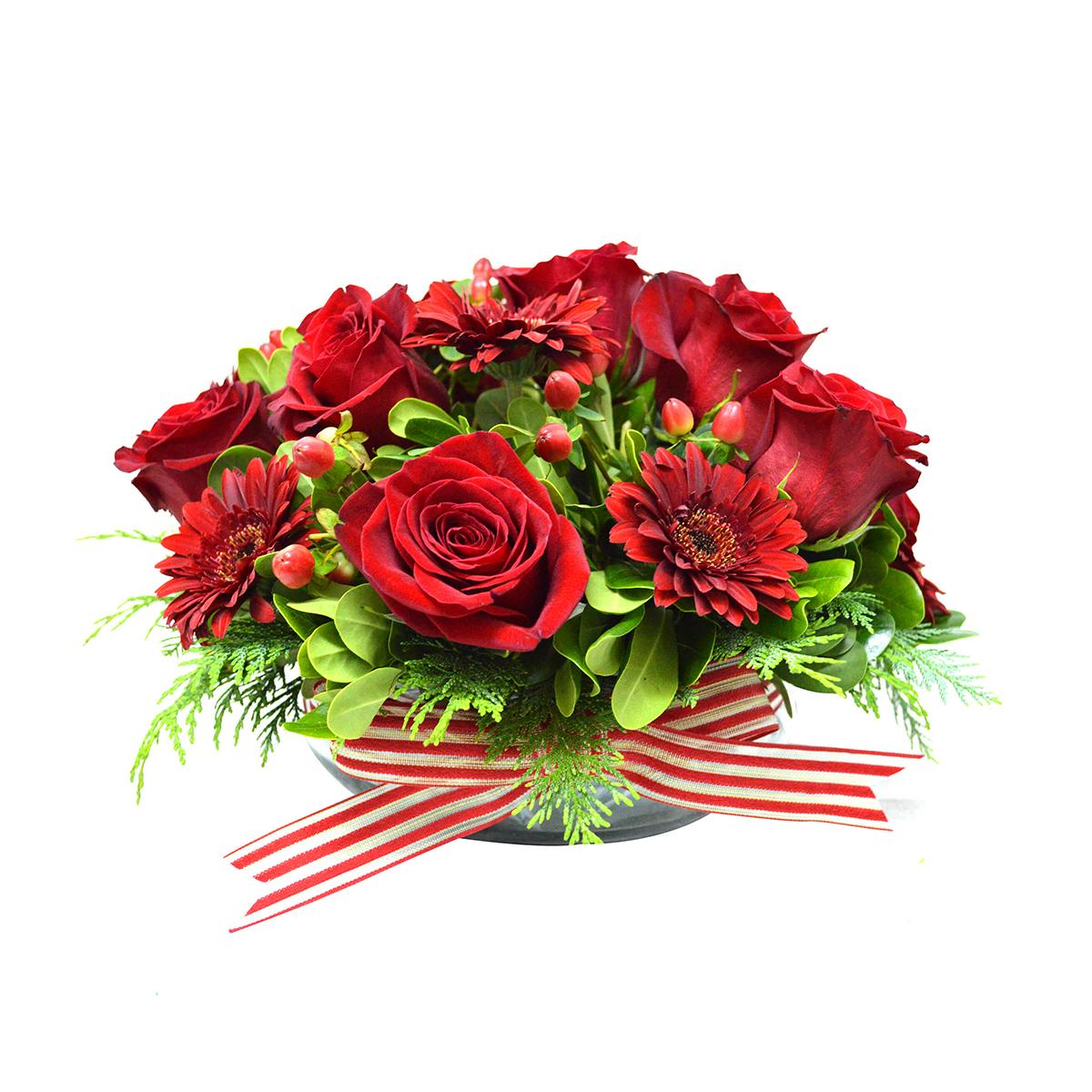 Centros de Mesa con Mini Gerberas, Rosas e Hypericum