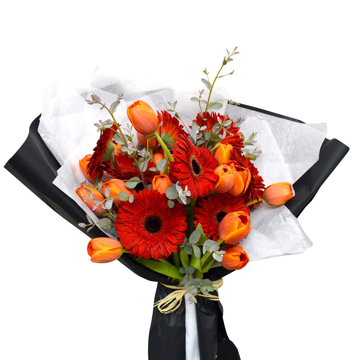 Ramo de flores Mixto con Gerberas y Tulipanes