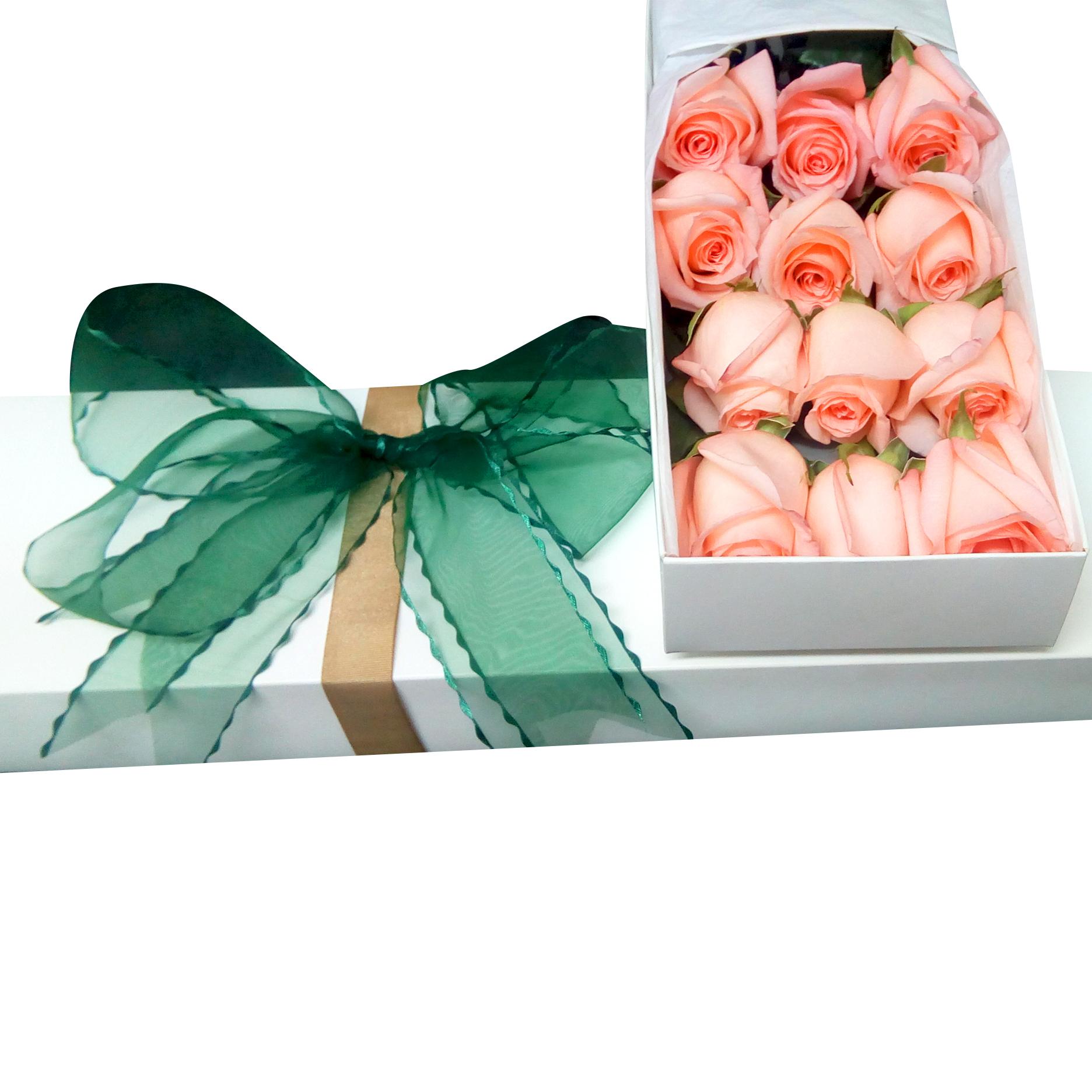 Caja con 12 bellisimas Rosas color Rosado