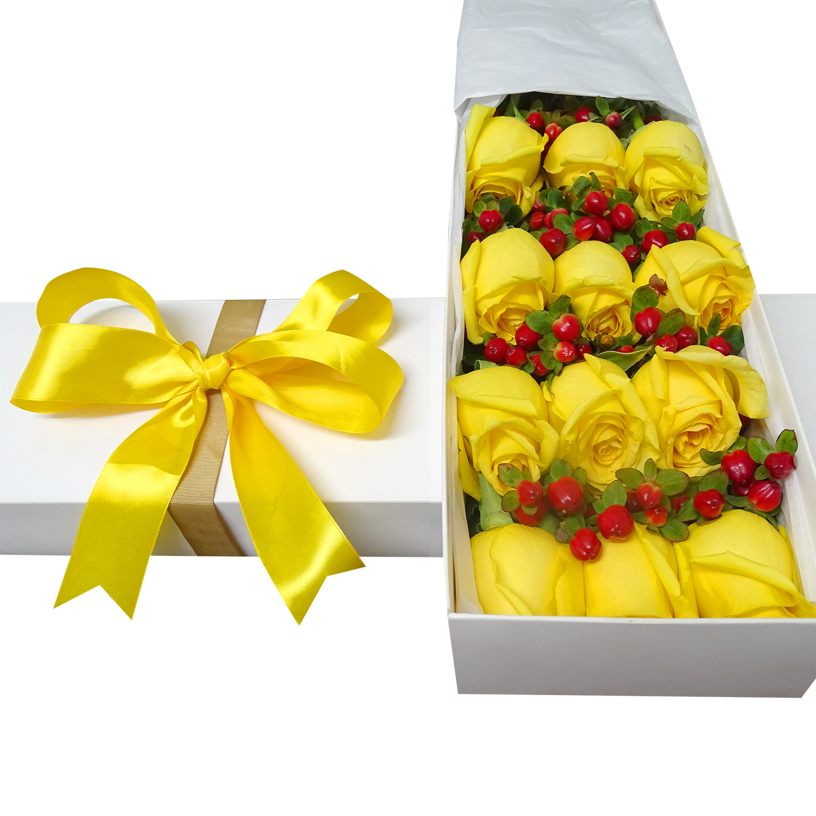 Caja de 18 Rosas de color Amarillo mas Hypericum