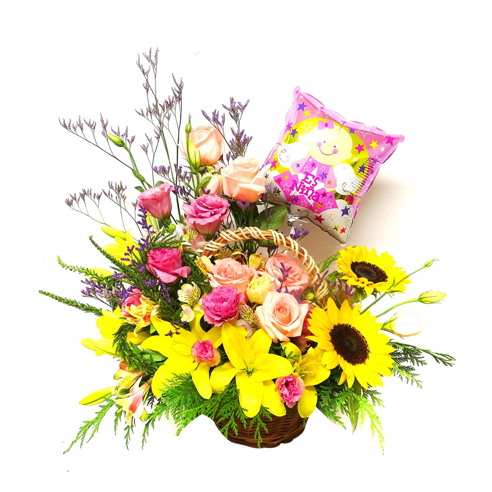 Canasto con Rosas, Girasoles y Lilium