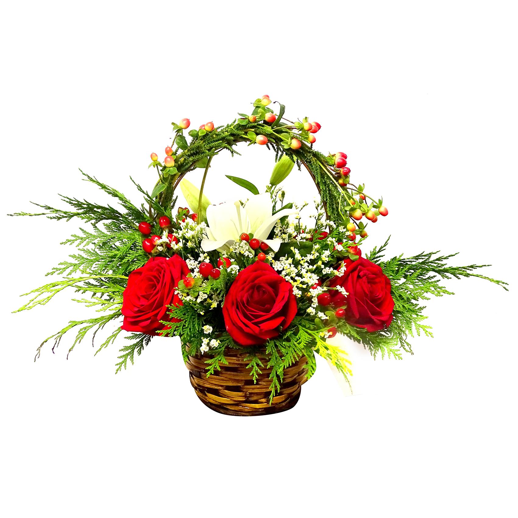 Canastillos con Rosas, Lilium mas Hypericum