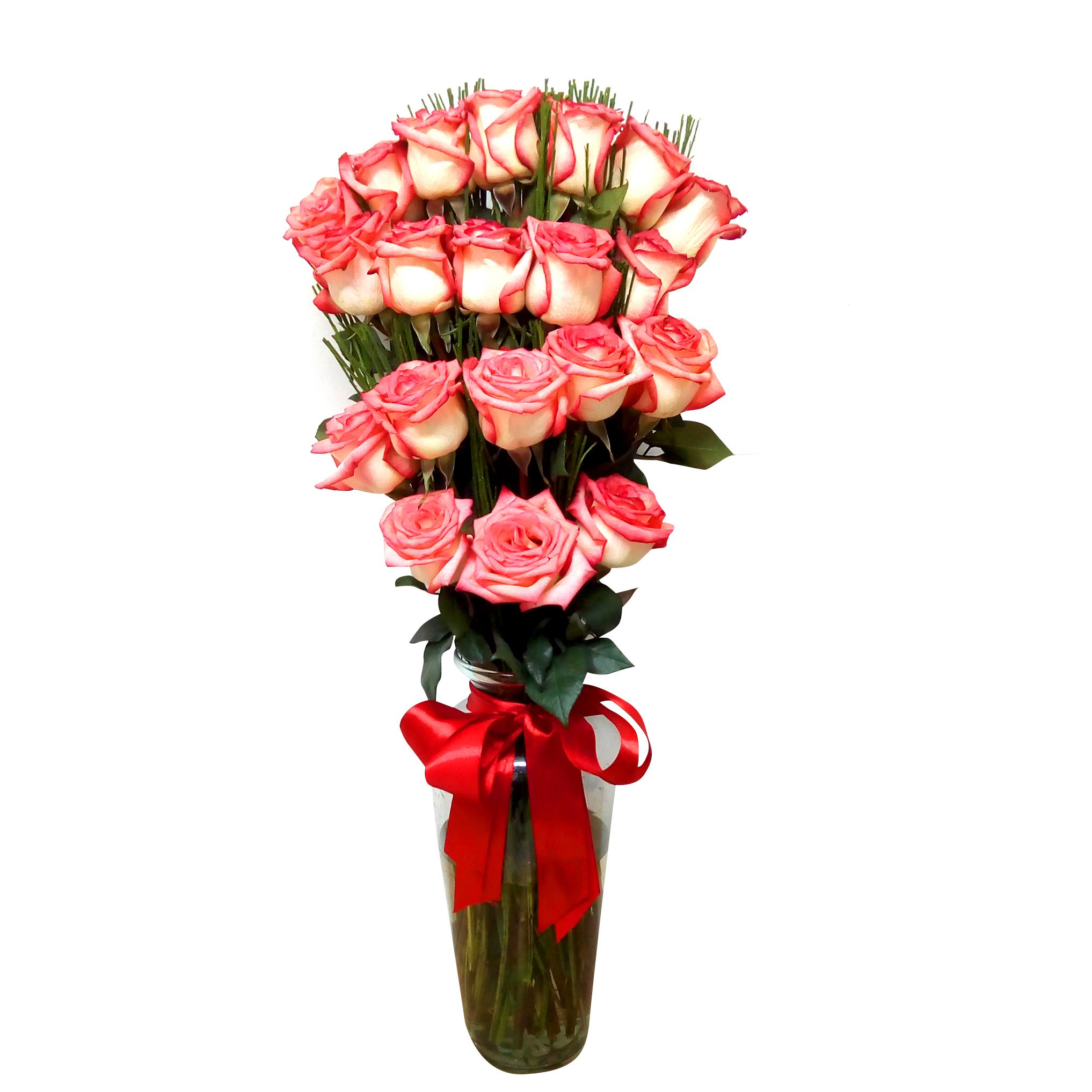 Floreros de Rosas Rosadas en Escala